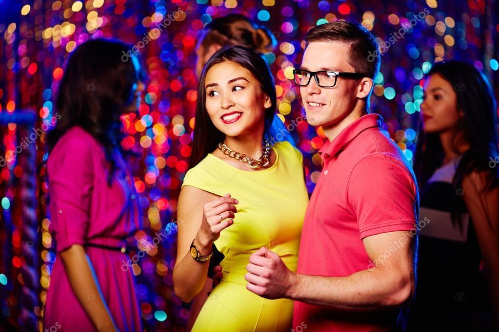 Flirten in een discotheek