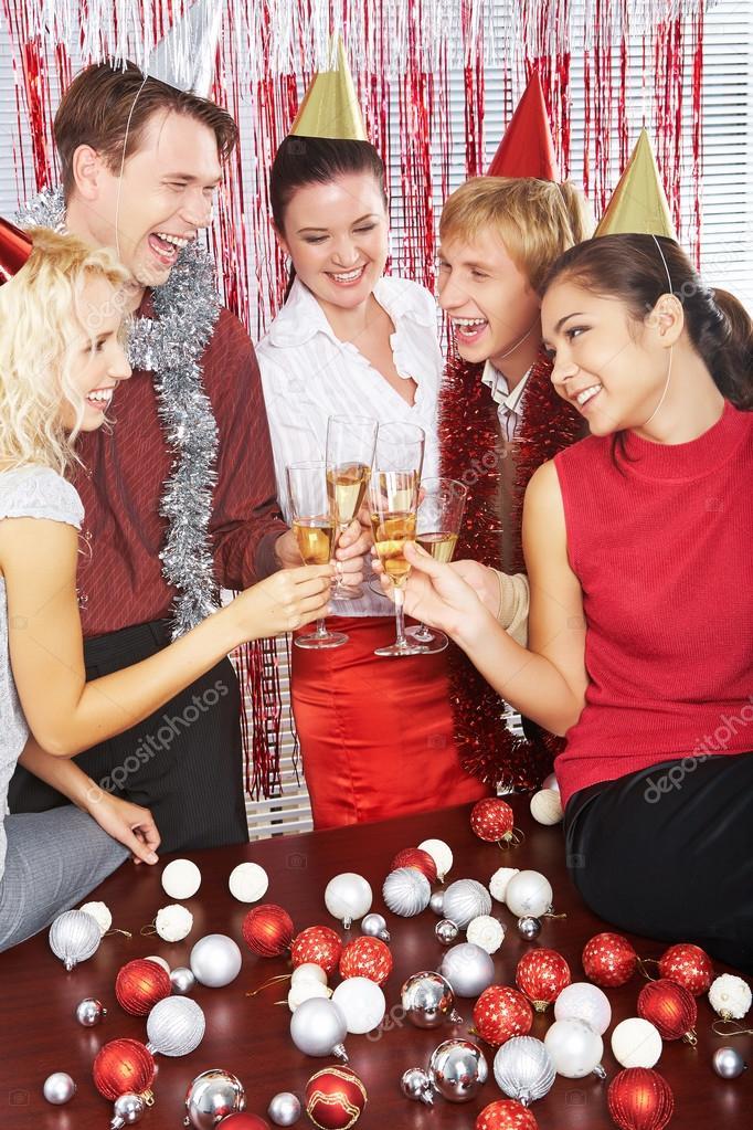 Manner Und Frauen Im Geburtstag Caps Stockfoto C Pressmaster 91646152