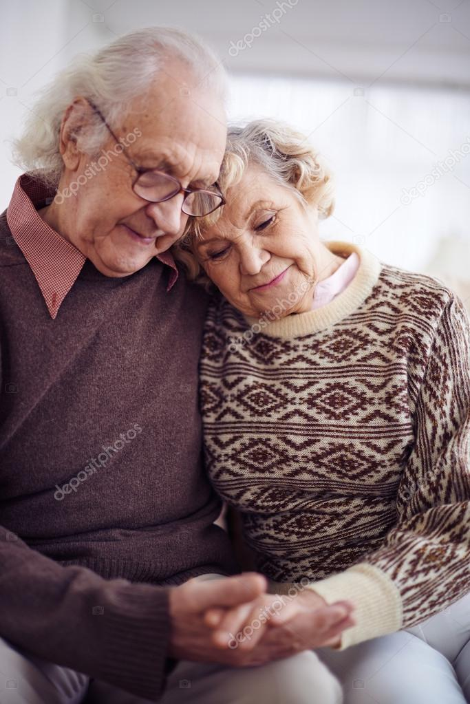 Biggest Online Dating Service For 50 And Older