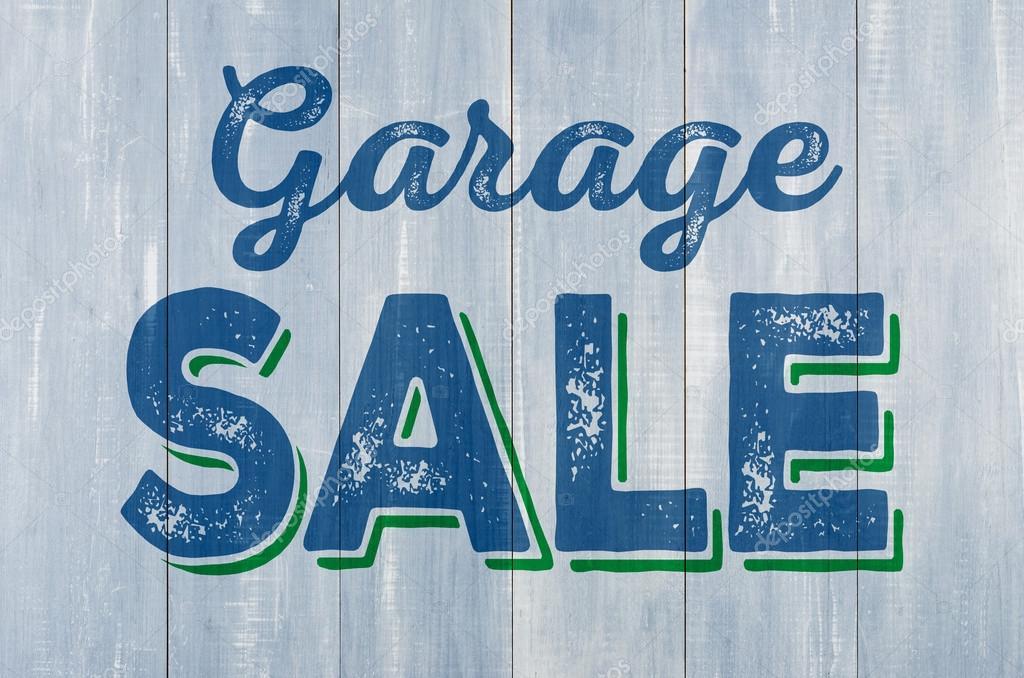 Parete di legno blu con la scritta garage vendita foto for Costruisci i tuoi piani di garage gratis
