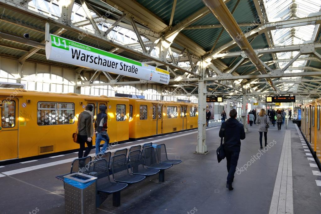 warschauer strasse u bahn subway station stock editorial photo fla 56990803. Black Bedroom Furniture Sets. Home Design Ideas