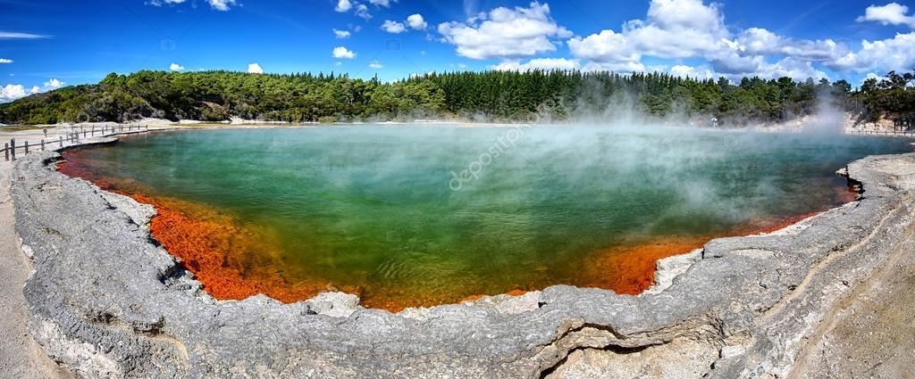 Thermal lake Champagne Pool at Wai-O-Tapu, New Zealand - Panoramic view
