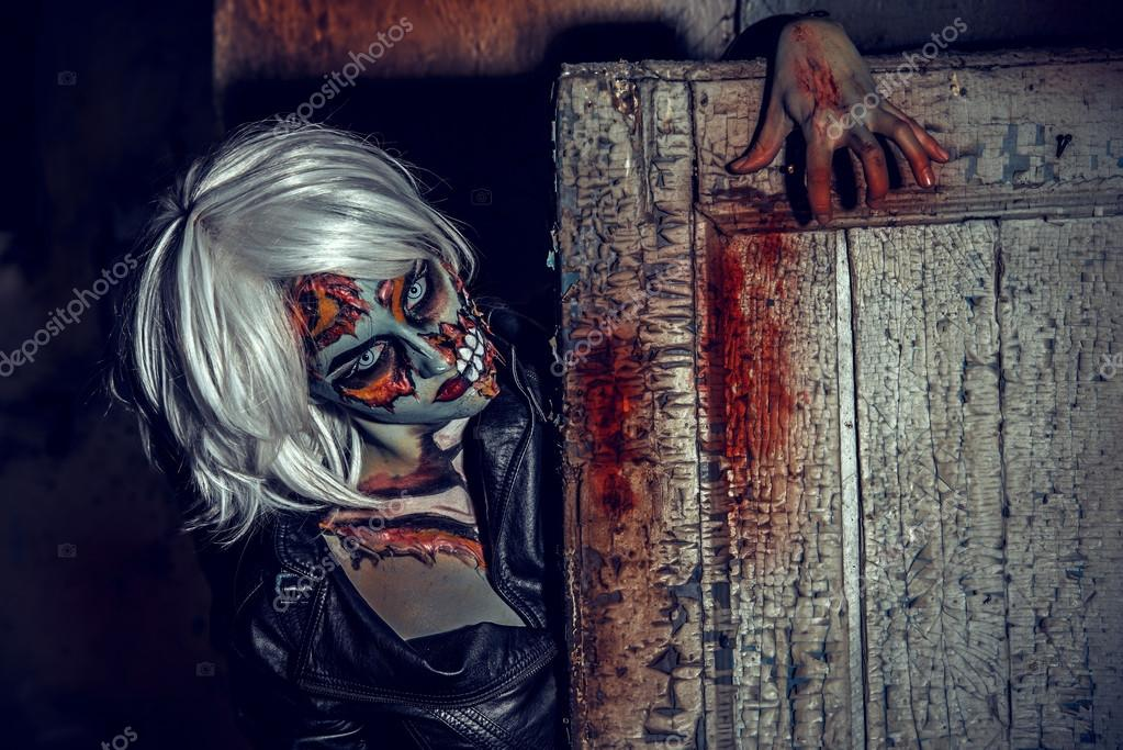 zombie affam maquillage halloween horreur photographie prometeus 122721472. Black Bedroom Furniture Sets. Home Design Ideas