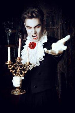 come frighten. Halloween.