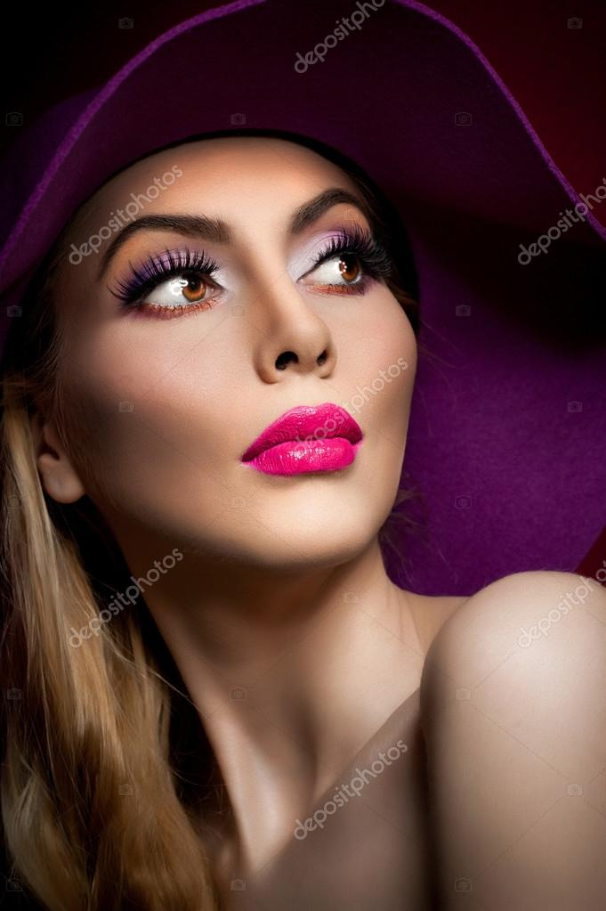 Beautiful woman portrait fashion art photo beautiful young model with mauve hat on colored - Femme blonde photo ...