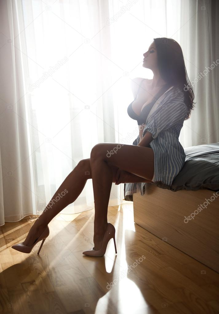shameless babe with an attractive body flyflvcom - 713×1023