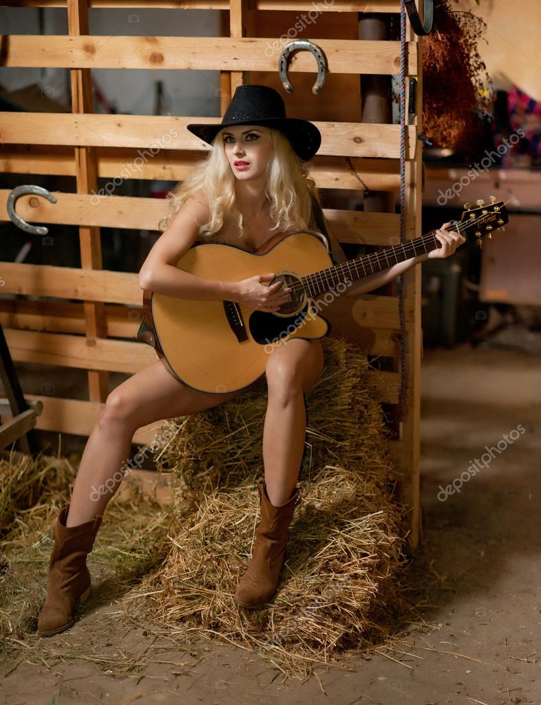 country girl singers nude