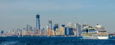 Manhattan Skyline over Hudson River