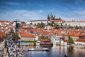 Pražský hrad se slavným Karlovým mostem v České republice