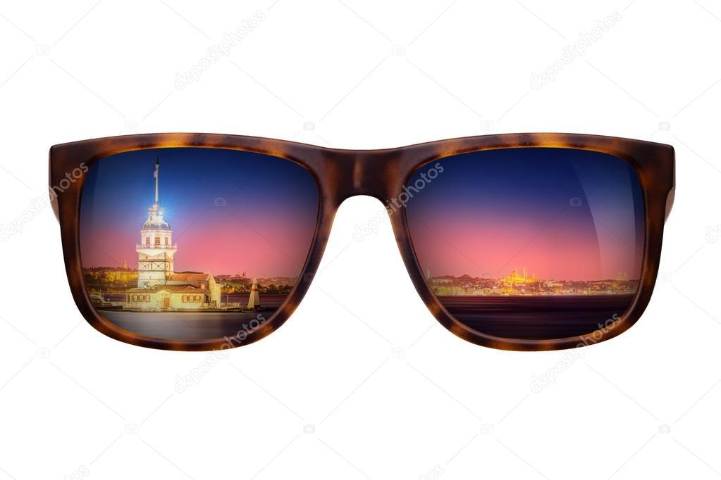 Occhiali Stock — Con Panorama Sole Bellissimo Da Di Istanbul Foto H9WEDI2Y