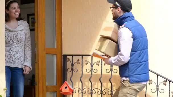 Kurýrní doručení balíku