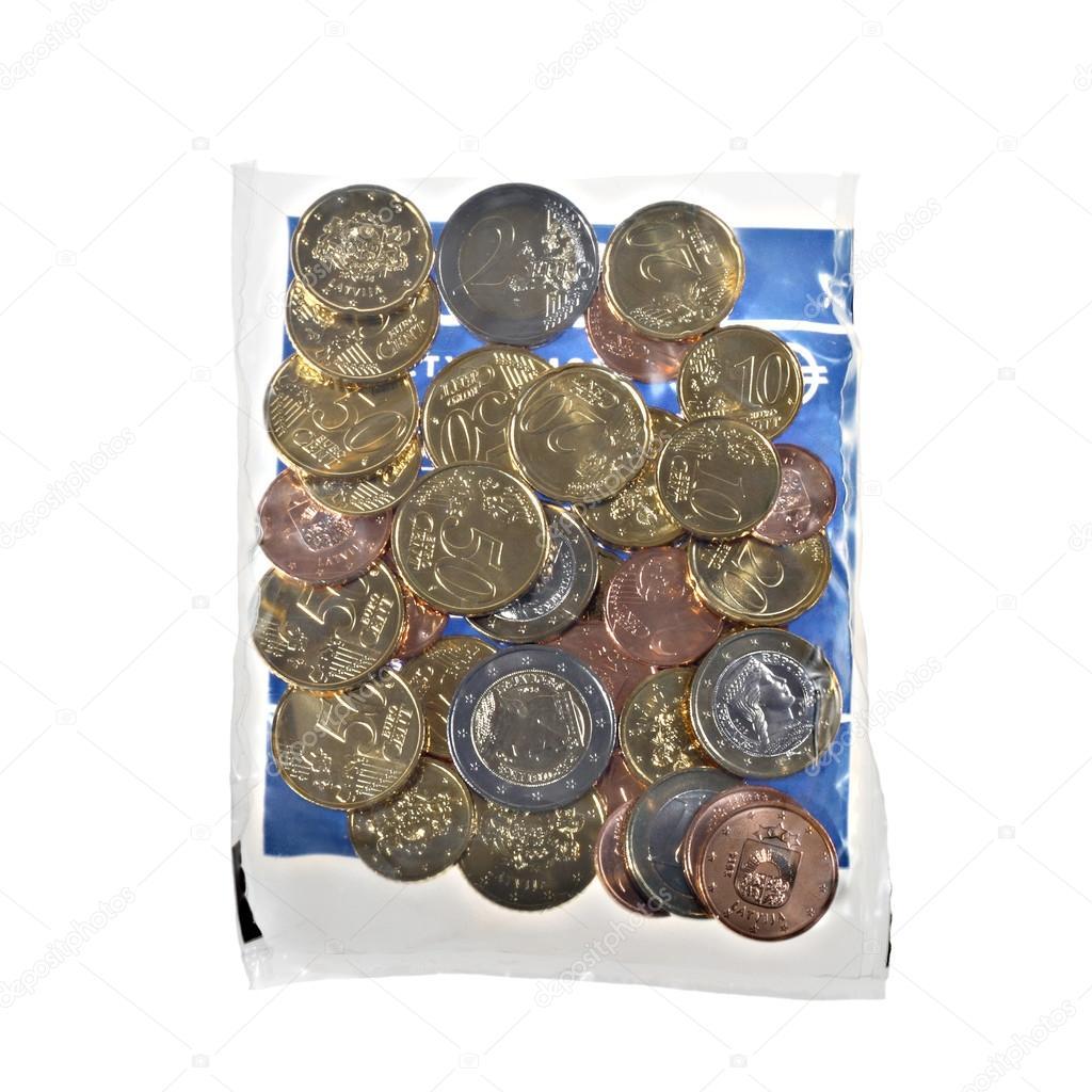新しいラトビアのユーロ硬貨 — ...