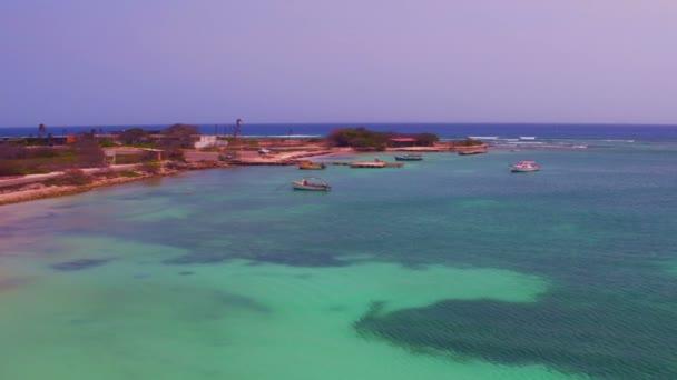Aerea spiaggia Rogers sullisola di Aruba nei Caraibi.