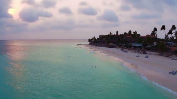 Antenna da Manchebo beach sullisola di Aruba nei Caraibi