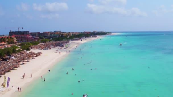 Aerea presso Eagle beach sullisola di Aruba nel Mar dei Caraibi