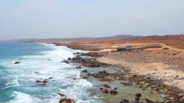 Aerea dalla costa est dallisola di Aruba nei Caraibi