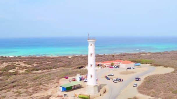 Antenna da California faro sullisola di Aruba nei Caraibi