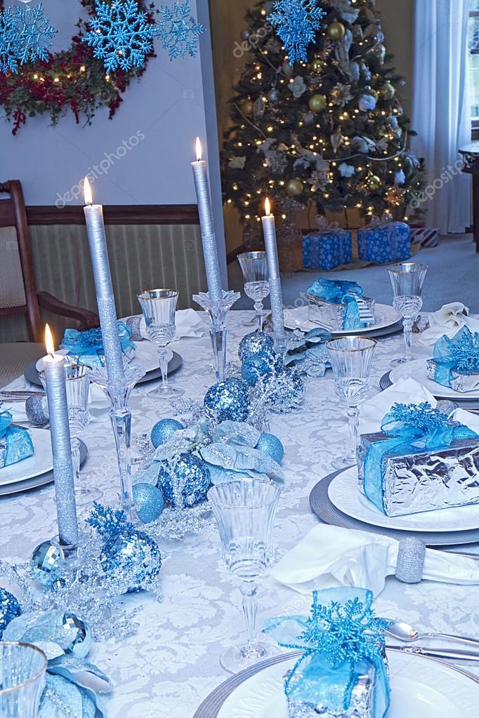 Plata azul elegante decoraci n mesa de navidad foto de for Mesa de navidad elegante