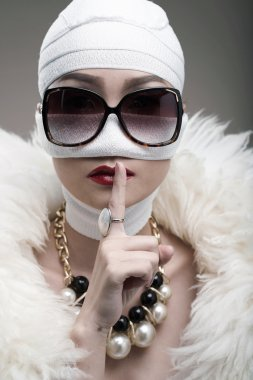 Diva keeping secret of plastic surgery
