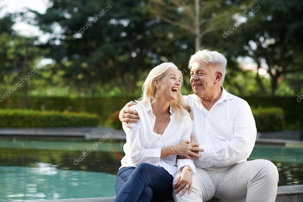 Знакомства для пожилых пар знакомства ахтубинск