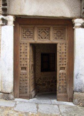 This door needs an inclinometer