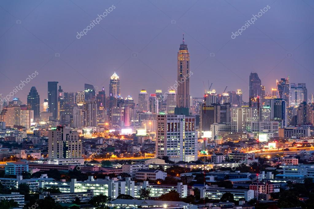 https://st2.depositphotos.com/1649893/9431/i/950/depositphotos_94318894-stock-photo-view-of-the-bangkok-skyscraper.jpg