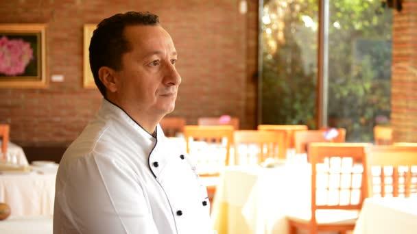 Professional chef in El Reservado restaurant