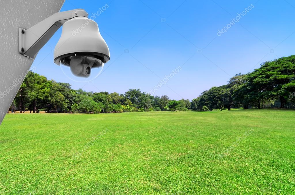 Security cameras in the park