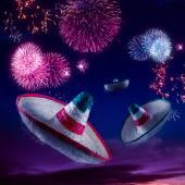 Fotografie Mexikanische Hüte oder Sombreros am Himmel