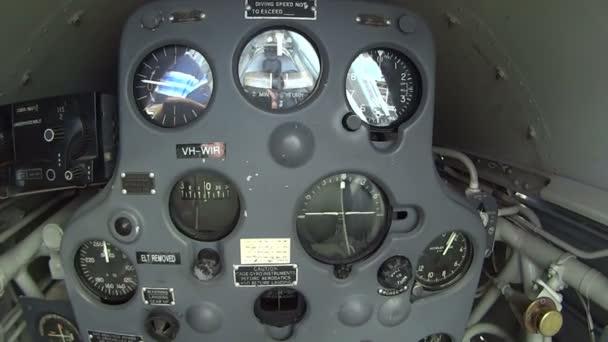 im Cockpit einer Drahtseilbahn