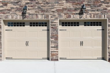 House  garage doors