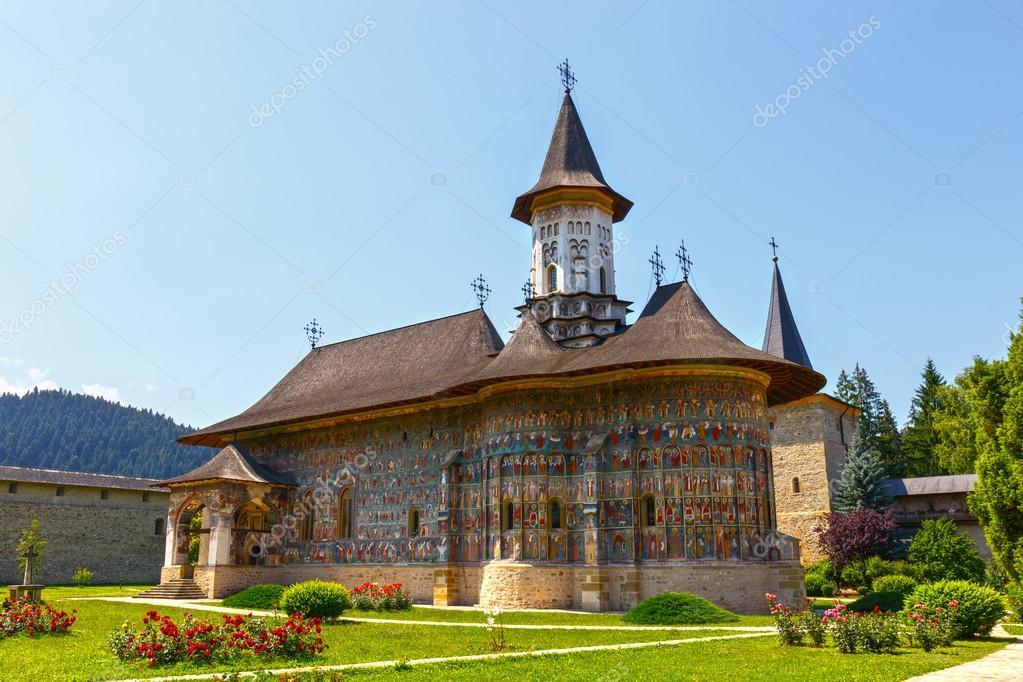 スチェヴィツァ修道院は Sucevit...