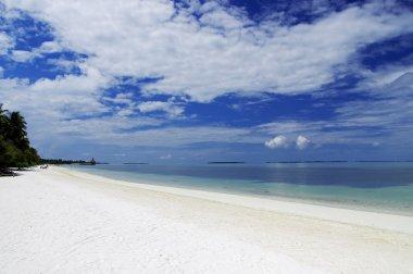 The sunny tropical lagoon on Maldives island
