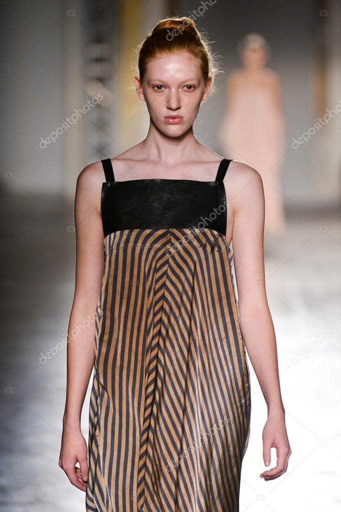 da67f2aa8387 Uma Wang fashion show – Stock Editorial Photo © fashionstock  102943640