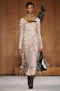 Loewe fashion show