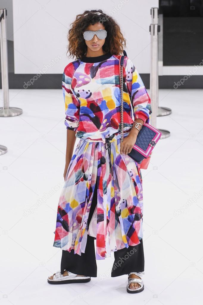Chanel-Karte im Rahmen der Paris Fashion Week — Redaktionelles ...