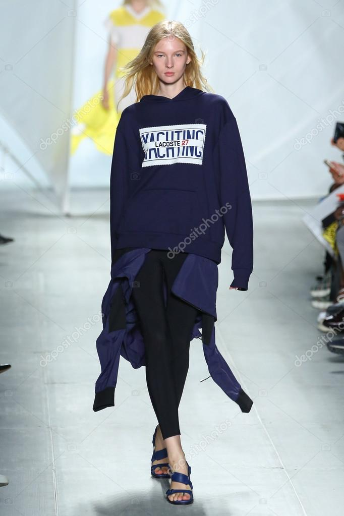 Lacoste Durante O Mercedes Benz Fashion Week U2014 Fotografia De Stock
