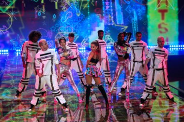 Ariana Grande at Victoria's Secret fashion show