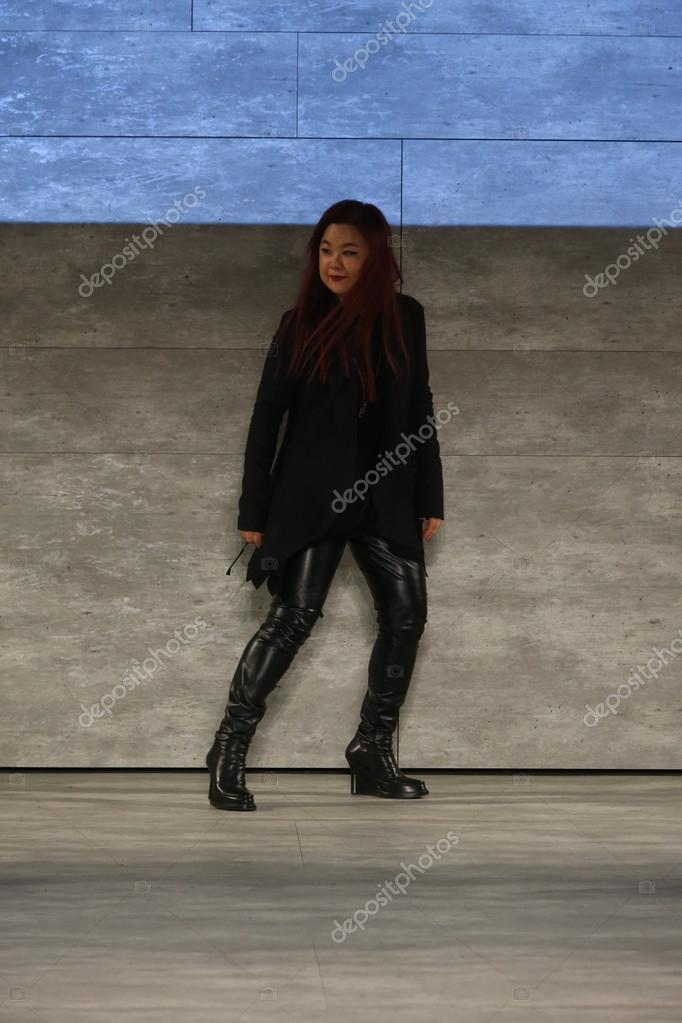 Designer Ju Young Lee Stock Editorial Photo C Fashionstock 65417087