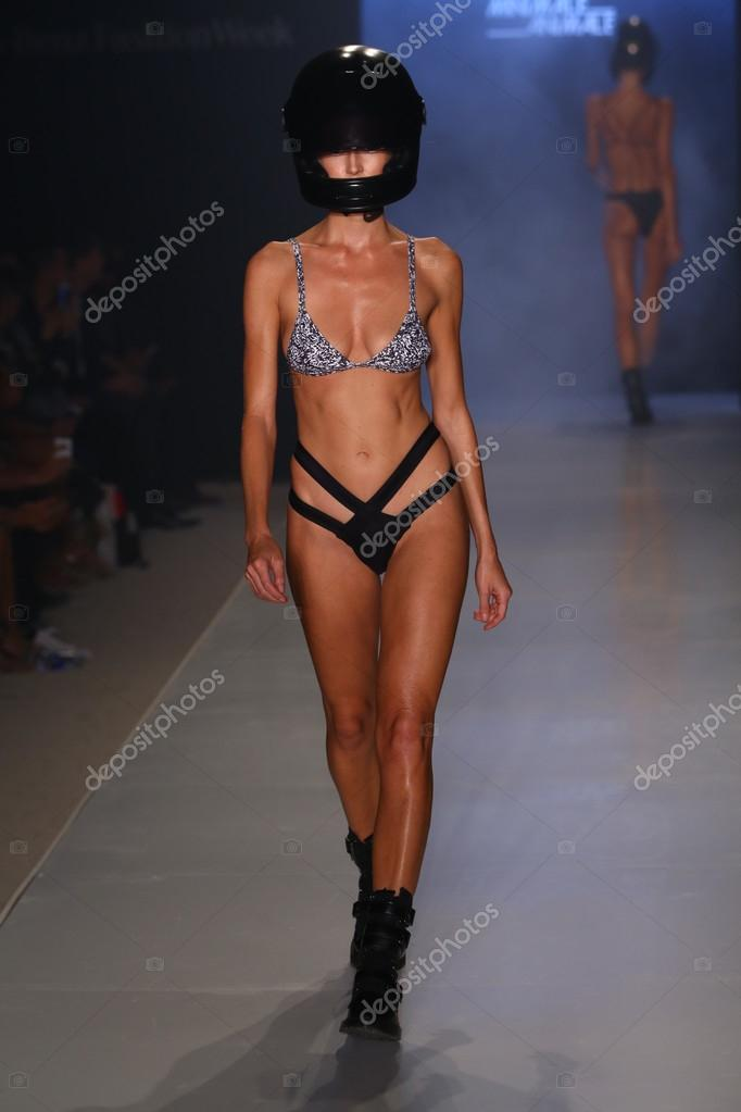 Minimale Animale fashion show during MBFW Swim 2015