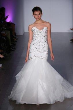 Hayley Paige fashion show