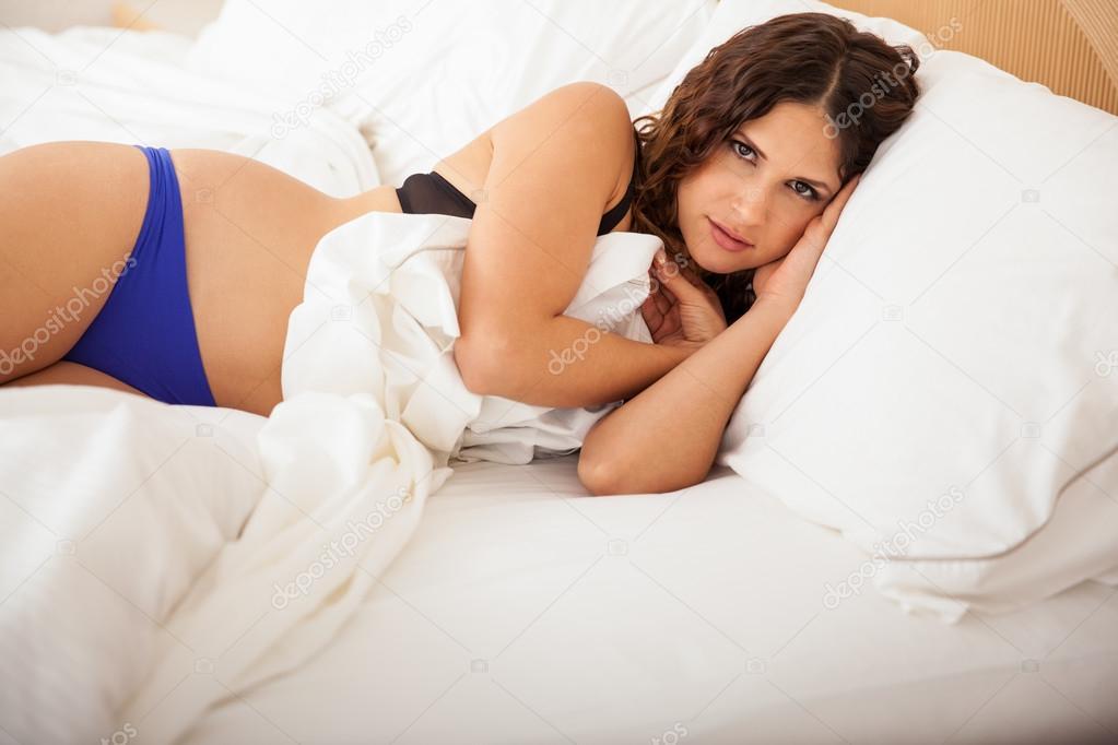 Chica Sexy Durmiendo En Ropa Interior Foto De Stock