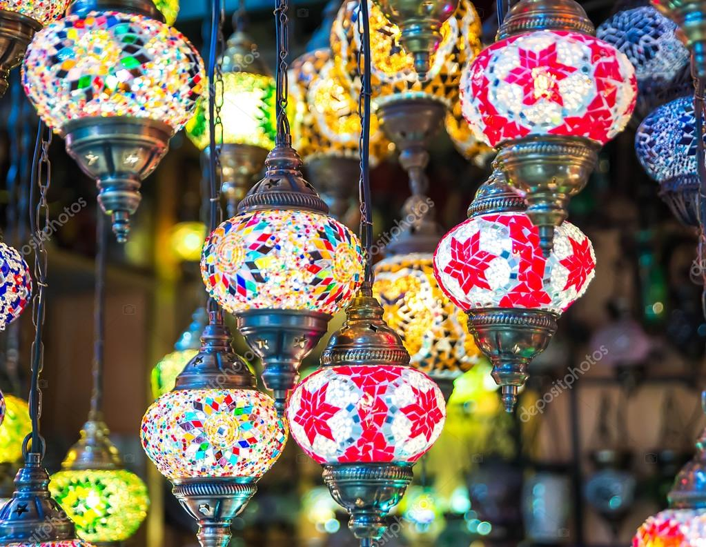 Lampen Oosterse Stijl : Multi gekleurde lampen in de oosterse stijl u stockfoto seqoya