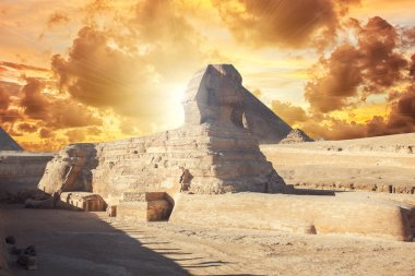 profile of the Great Sphinx
