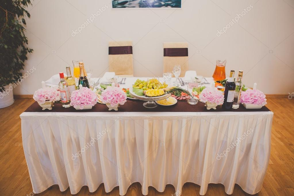Mesa para los novios decoraci n mesa boda foto de stock milazed 78304608 - Decoracion para foto ...