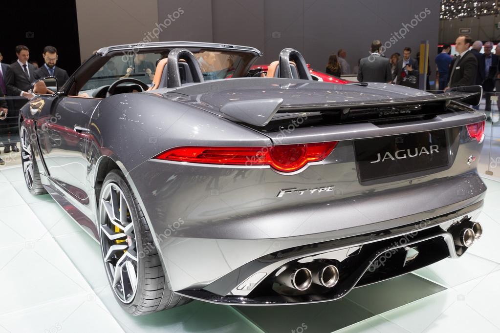 2017 jaguar f typ svr cabrio redaktionelles stockfoto foto vdw 101813376. Black Bedroom Furniture Sets. Home Design Ideas