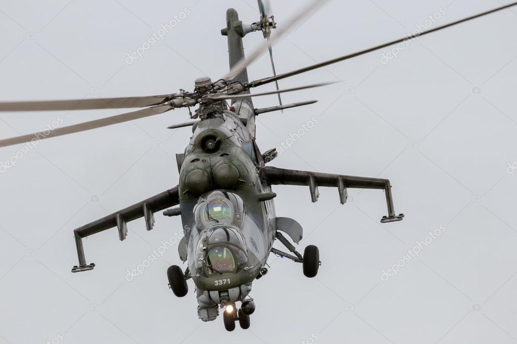 ミル mi-24 ハインド攻撃ヘリ - ...