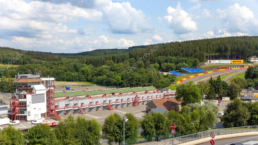 Circuito De Spa Francorchamps : Circuito de spa francorchamps u2014 foto editorial de stock © foto vdw