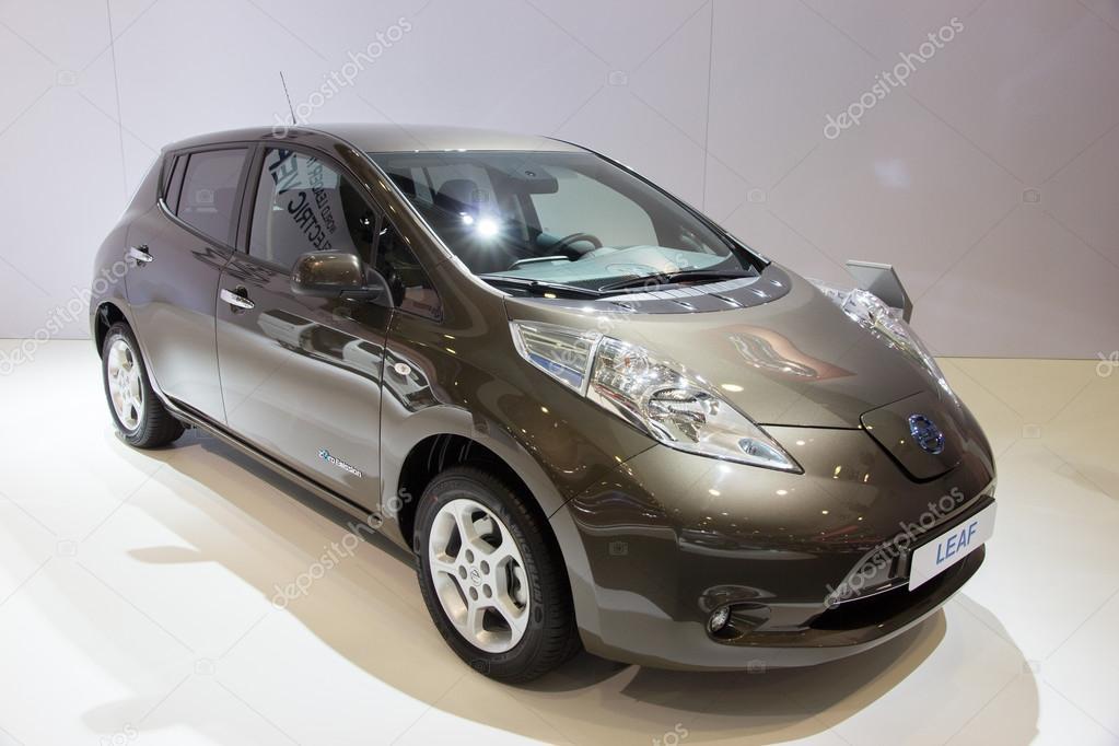 Nissan Leaf Elektrische Auto Redactionele Stockfoto C Foto Vdw