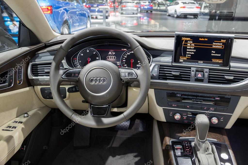 Audi A7-Interieur — Redaktionelles Stockfoto © Foto-VDW #97468682